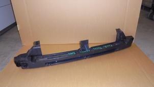 Focus Combi MK-II DAW/FFS 07/2004->09/2012 výztuha místo tažného