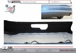 Ford Focus Kombi pohled na vodorovný výřez v nárazníku pro tažné zařízení který není běžně vidět